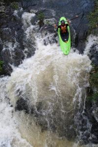 kayak rennies river